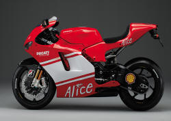 ducati desmosedici - Photo #06